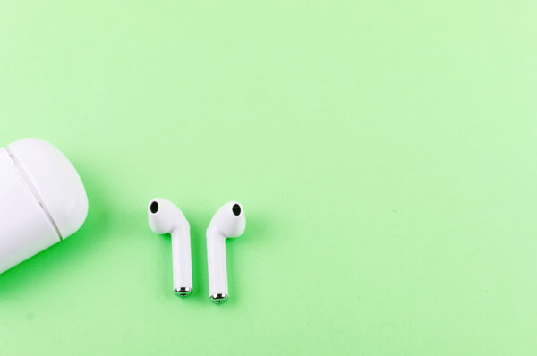 5 Best Wireless Earbuds: A Sound-Lover's Guide to Sonic Bliss